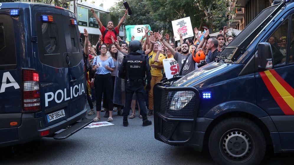 Foto: Protesta contra la Policía en Barcelona (REUTERS)