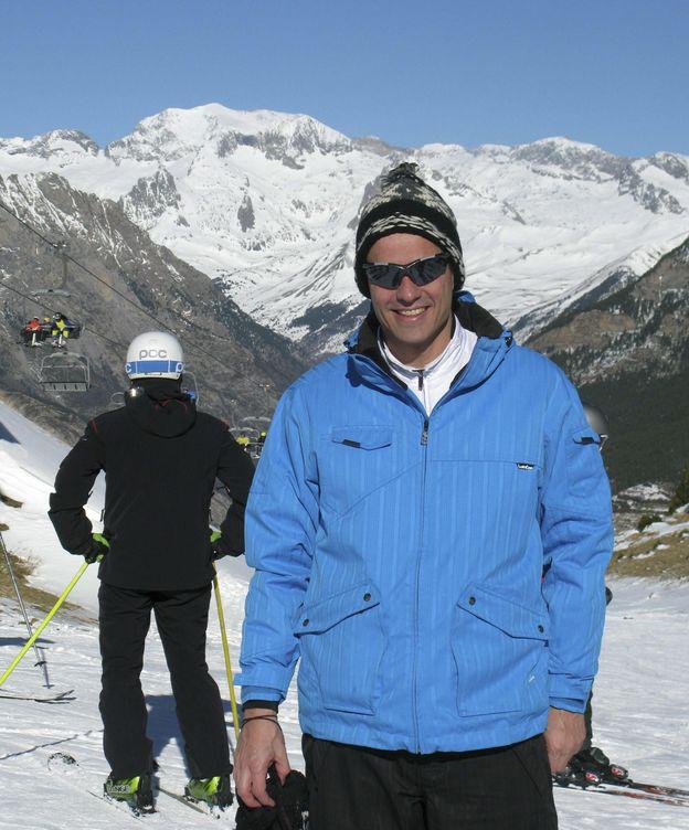 Foto: Pedro Sánchez, esquiando en Cerler en 2014. (EFE)