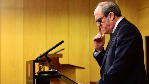 Gabilondo resiste pese a las críticas a su oposición y ante una salida que no llega