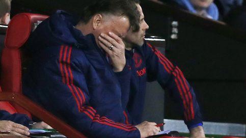 Van Gaal queda herido de muerte tras el enésimo fracaso de un pésimo United