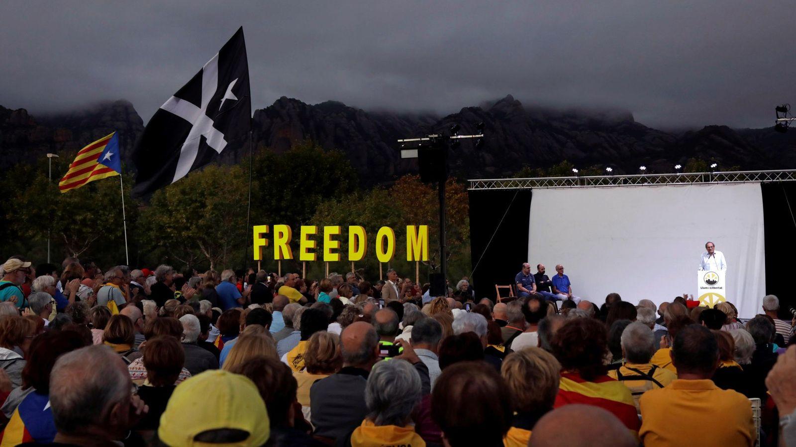 Foto: Quim torra participa en un acto para conmemorar el referéndum del 1-O. (EFE)