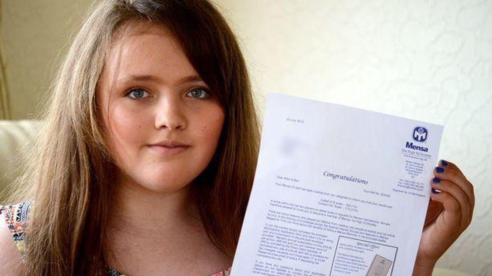 Gitanos españoles celebran que la niña más inteligente del mundo es gitana