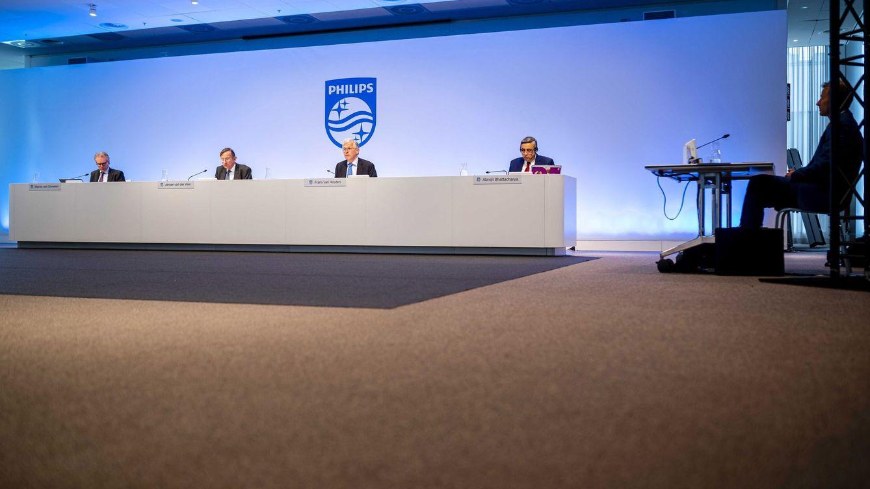 Philips reduce un 39% su beneficio, pero confía en crecer en la segunda mitad del año