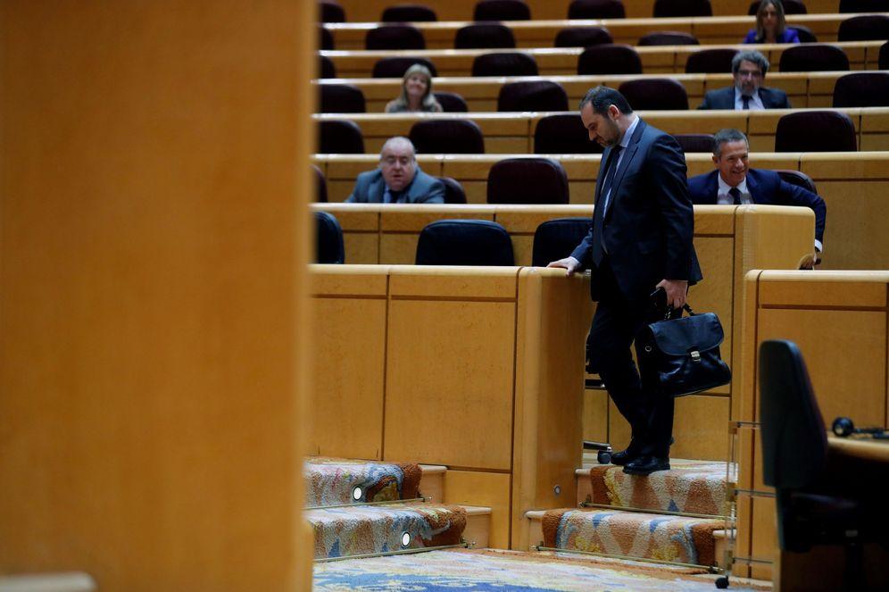 Foto: El ministro de Transportes, José Luis Ábalos, el pasado 19 de mayo en el Senado. (EFE)