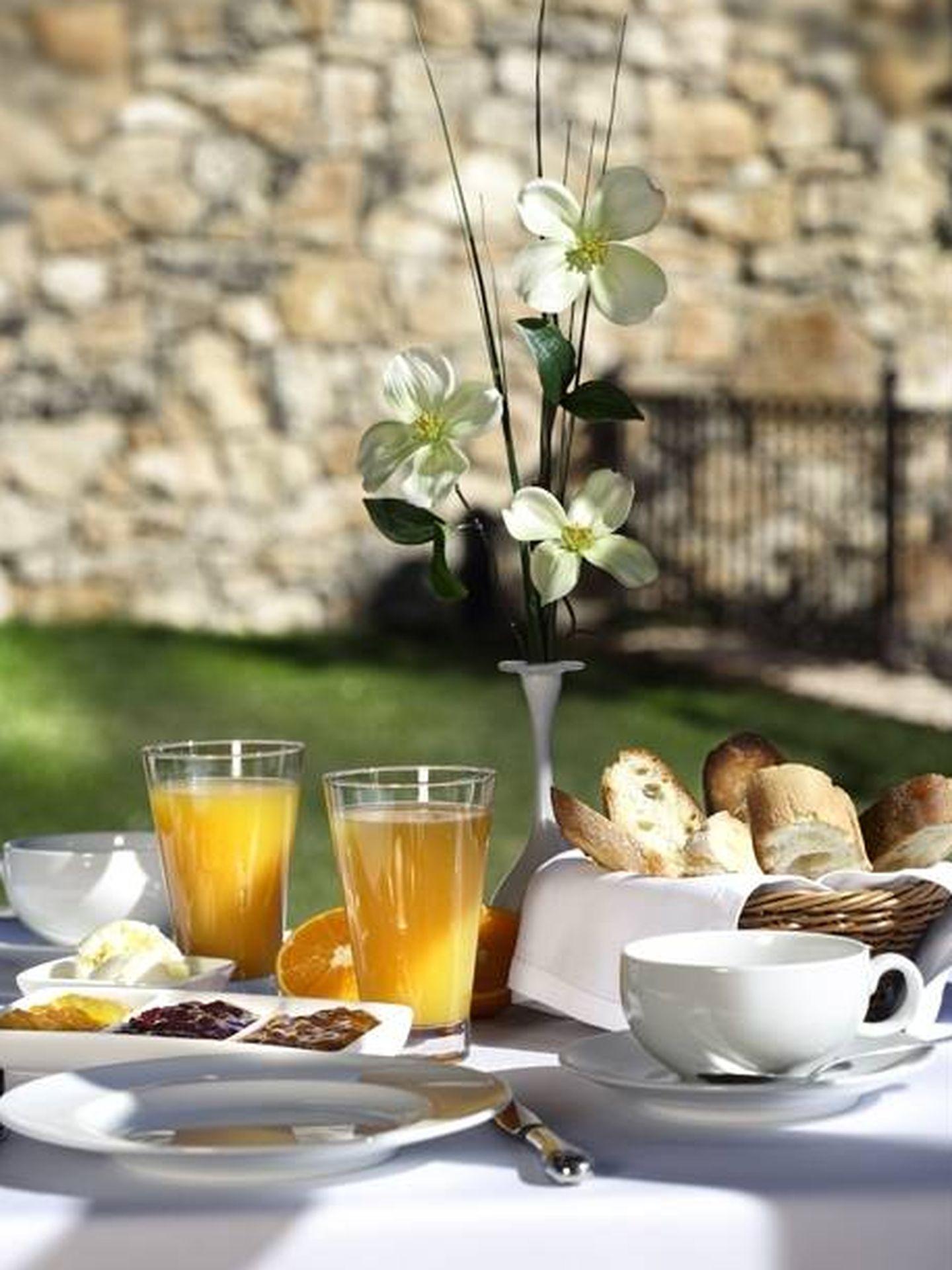 Un desayuno en un lugar bucólico, Los Ánades