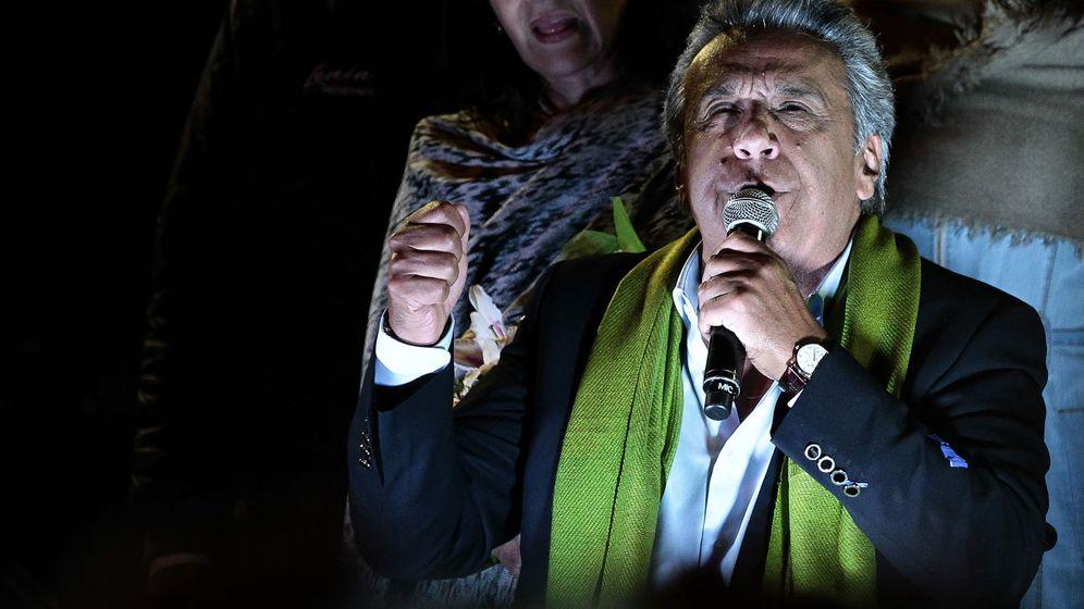 Foto: El candidato oficialista a la presidencia de Ecuador, Lenín Moreno, ofrece un discurso este domingo. (EFE)
