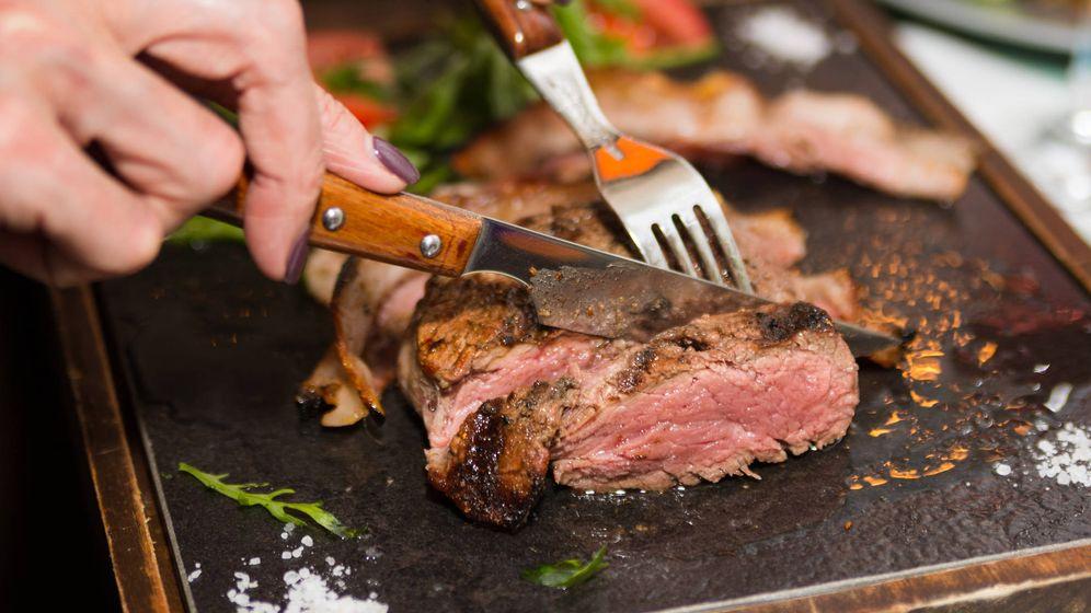Foto: Carne roja, una comida que favorece su nivel en el organismo. (iStock)