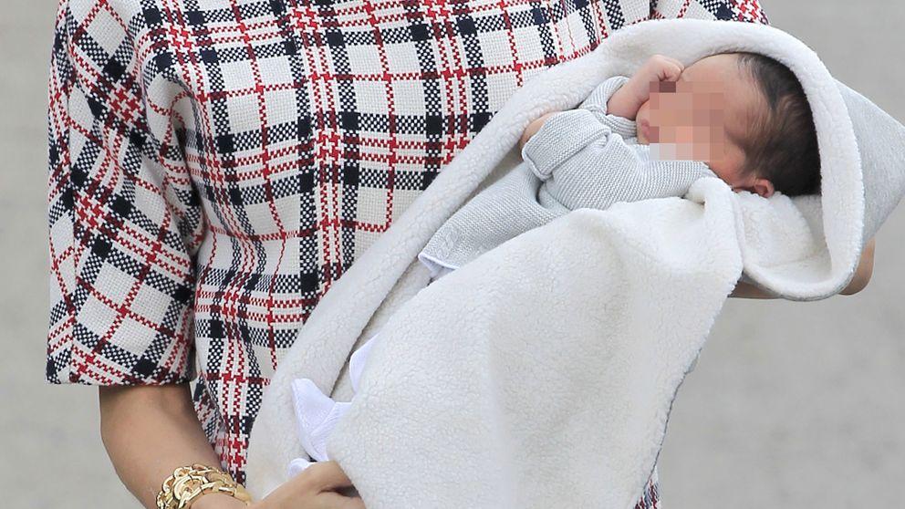 Mar Saura sale del hospital y ya disfruta de su hijo en casa