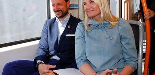 Post de Haakon, 'guardián' de Mette-Marit para su último acto (y en el metro)