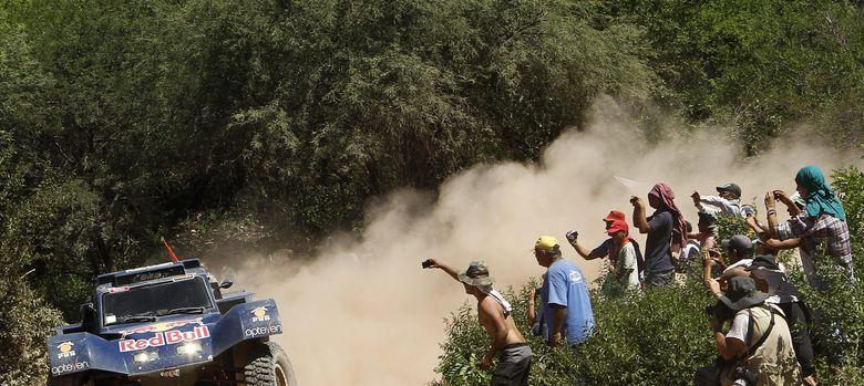 Foto: Carlos Sainz (venció la etapa de este domingo) durante la semana pasada.