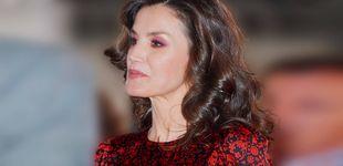 Post de Letizia, la reina influencer del maquillaje, enseña a combinar rojo y rosa en ARCO