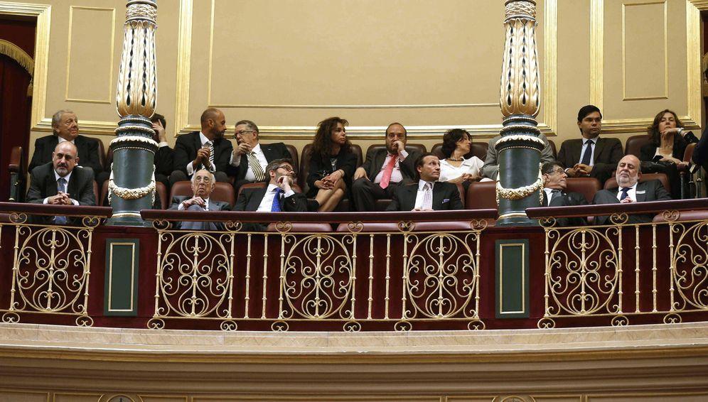 Foto: Un grupo de sefaradíes han asisitido este jueves desde la tribuna de invitados al pleno del Congreso (Efe).