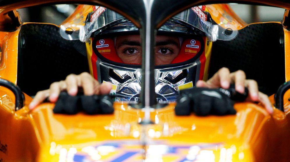 Foto: Carlos Sainz logra el primer podio de su vida en el Gran Premio de Brasil. (Reuters)