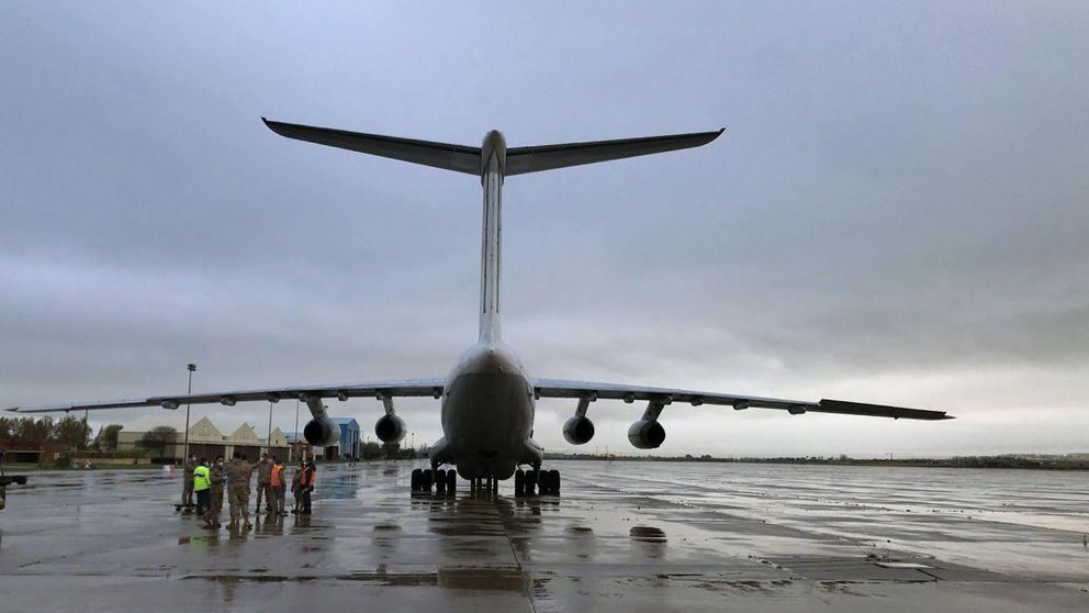Aterriza uno de los aviones que prometió Ayuso con 58 toneladas de material sanitario