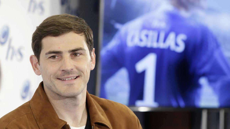 Foto: Iker Casillas durante el acto publicitario de este lunes (Gtres)