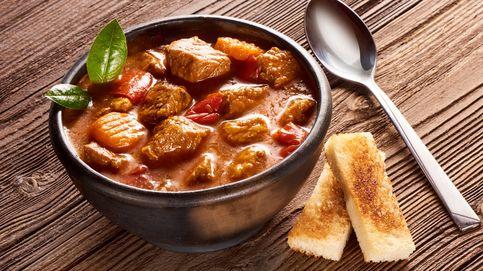 Estofado de ternera con patatas y verduras, un plato que no pasa de moda
