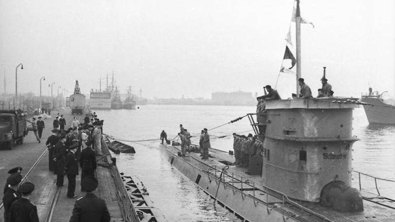 Un submarino U-37 en el puerto de Wilhemshaven. (Bundesarchiv)