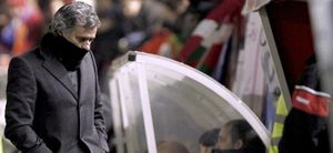 """Mourinho: """"No merecimos perder, pero el adversario trabajó al límite"""""""