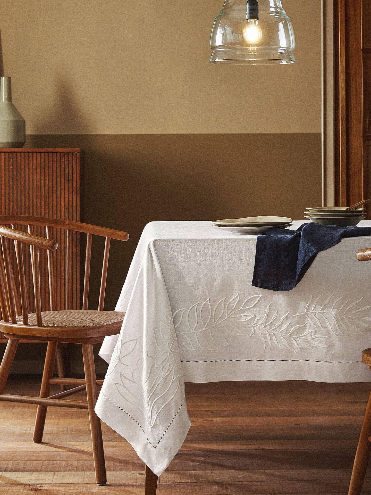 Los nuevos manteles de Zara Home visten tu mesa con estilo. (Cortesía)