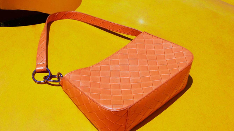 Parfois triunfa con su nuevo bolso trenzado: en dos colores y por 20 euros