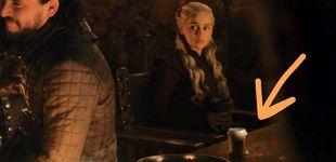 Post de Un café de Starbucks se cuela por error en el último capítulo de 'Juego de tronos'