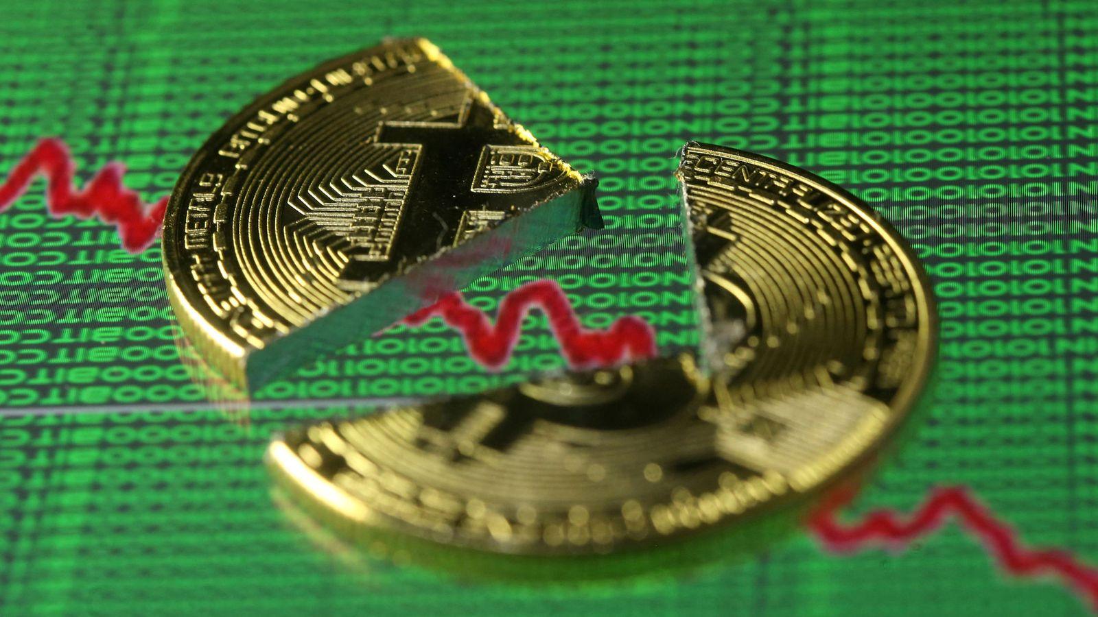 Foto: Bitcoin roto (Reuters)