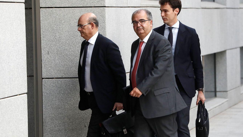 Anticorrupción acorrala a Ron (Banco Popular) con documentos del BCE