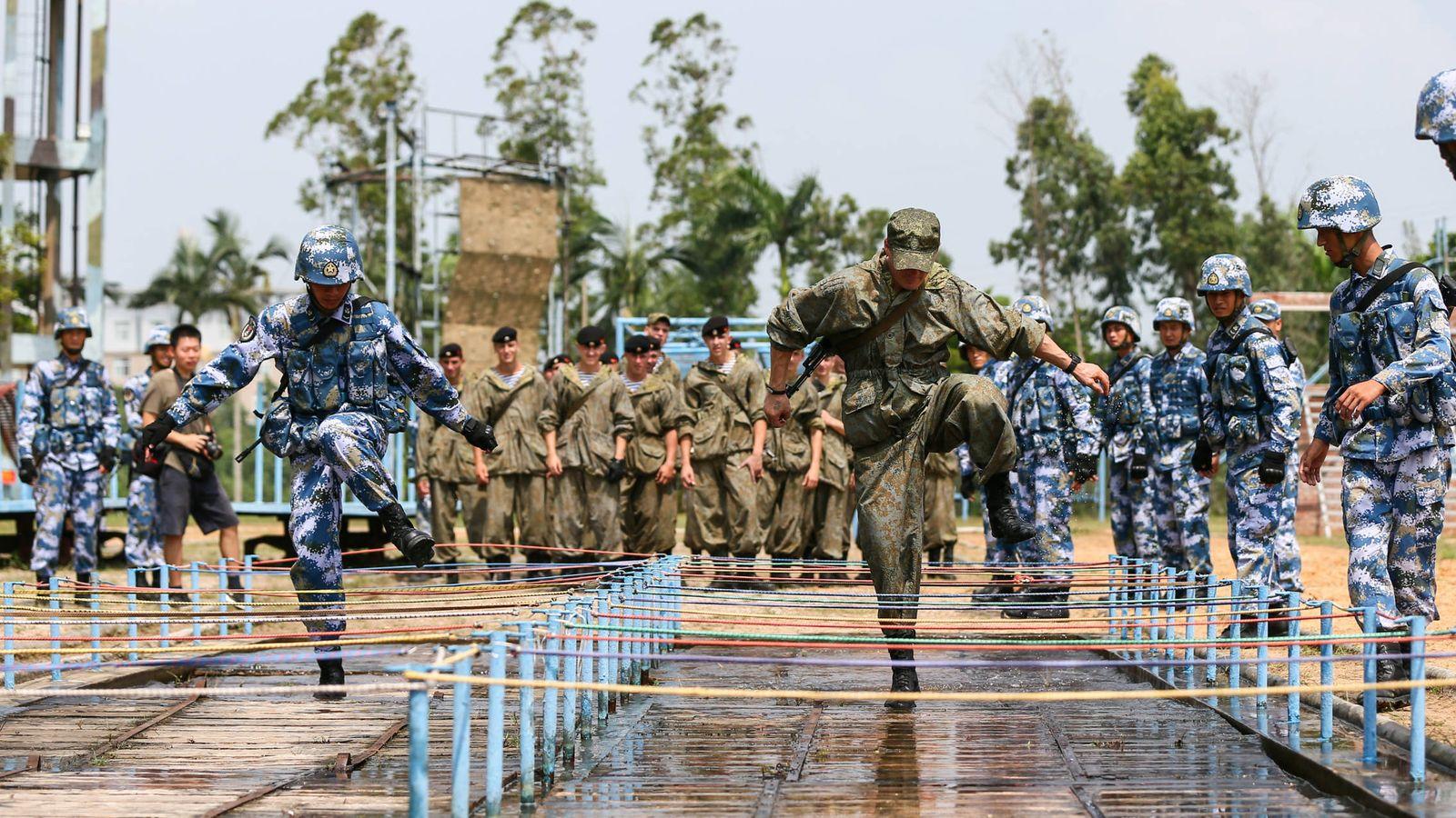 Foto: Soldados chinos y rusos participan en un ejercicio conjunto. (Reuters)