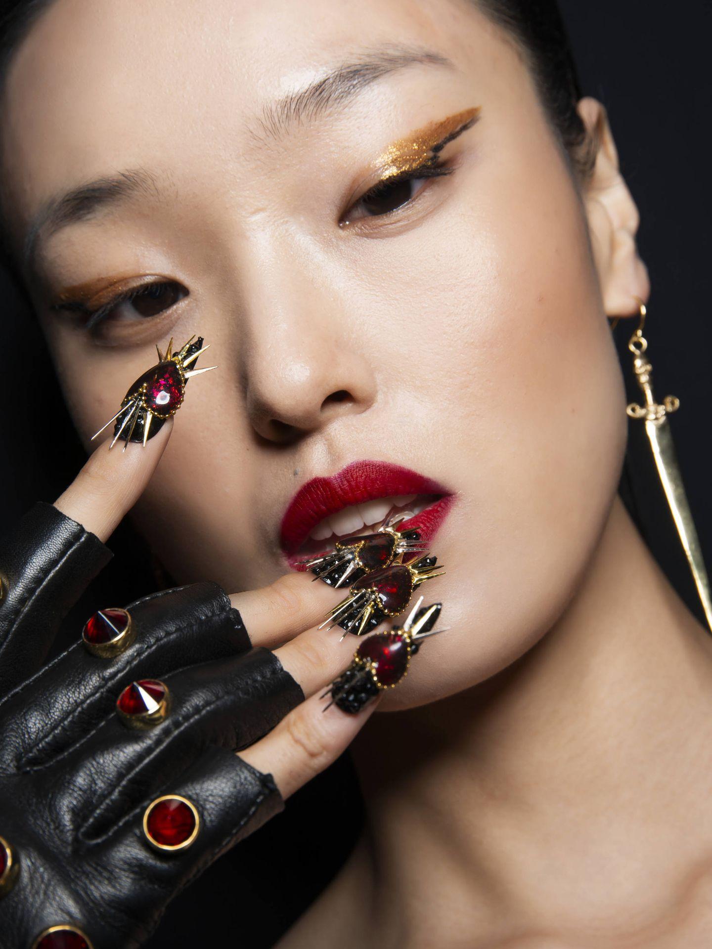 Vuelca tu creatividad en tu manicura. (Imaxtree)