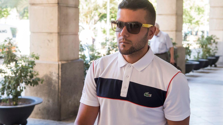 Fiscalía pide 4 años de cárcel para Ángel Boza (La Manada) por el robo de unas gafas