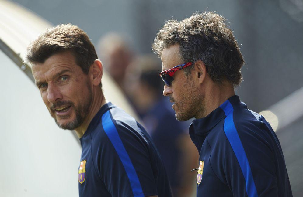 Foto: Luis Enrique y Juan Carlos Unzué, durante un entrenamiento del Barcelona. (EFE)