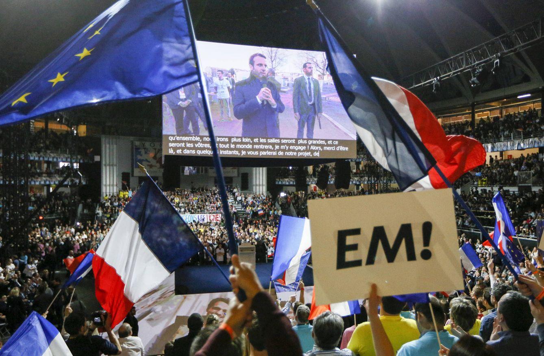 Foto: Simpatizantes de Emmanuel Macron durante un evento de campaña en Lyon, Francia (Reuters).