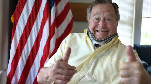 George Bush, acusado de acoso sexual por el chiste desde su silla de ruedas