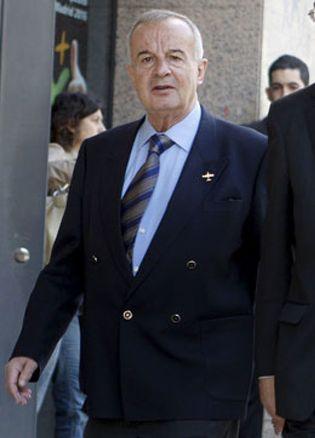 Foto: Fallece en Madrid el general Vicente Navarro, condenado por falsear identidades en el Yak-42