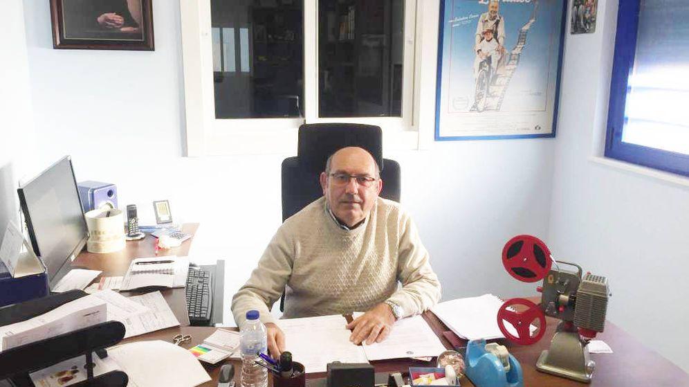 Foto: Joaquín Fuentes en su oficina. (A.V)