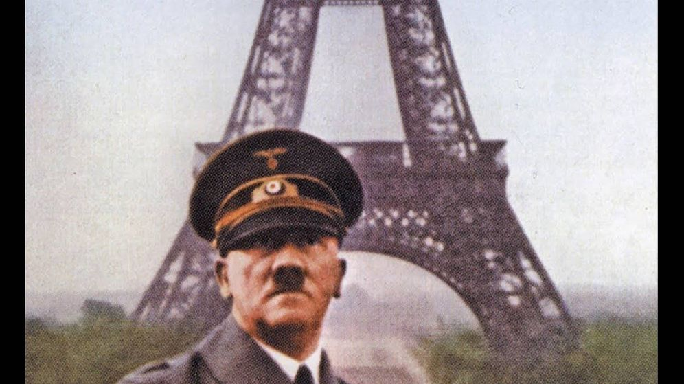 Foto: Hitler tras la toma alemana de París en 1940 posa con la Torre Eiffel a sus espaldas
