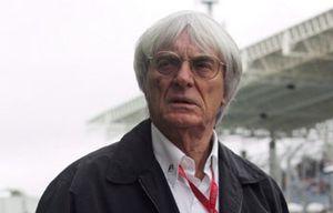 Ecclestone no se arrepiente del horario del GP de Malasia