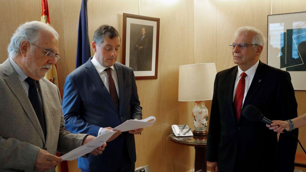 La CNMV acude a los tribunales para ocultar el expediente de la multa a Borrell