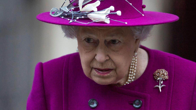 Isabel II y un nuevo divorcio familiar: el desamor entre un obrero y una 'royal'