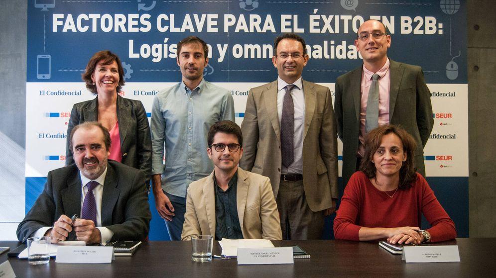Foto: El foro, con Juan Pérez de Lema (SEUR), Sergio Pedrós (Schindler), Miguel Ángel Cruz (Swarovski), Fernando Pisón (Game Store), Almudena Pérez (Sony) y Raquel Pinillos (Deloitte).