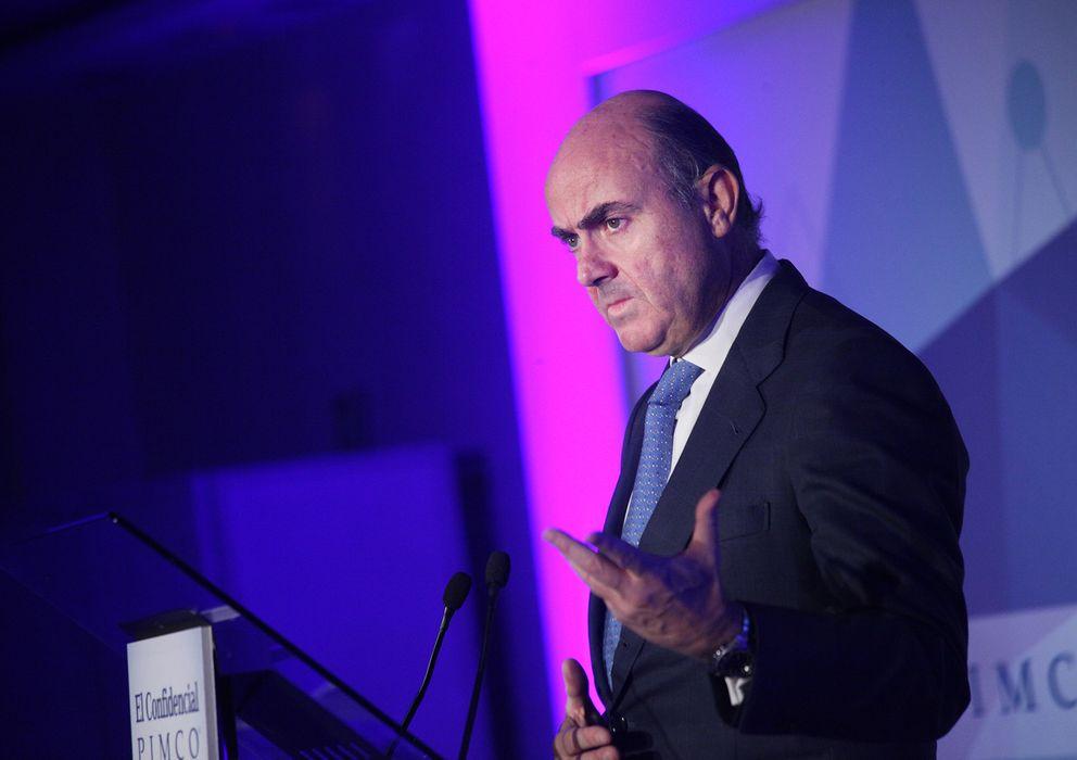 Foto: El ministro de Economía, Luis de Guindos (P.L.L)