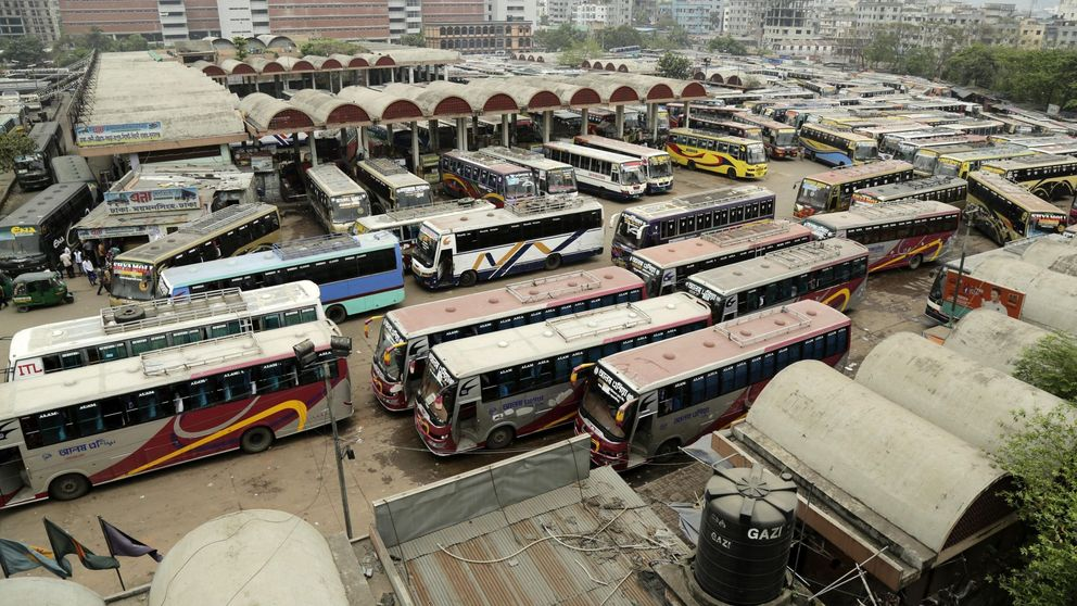 El asalto al restaurante de Bangladés deja 2 policías y 6 yihadistas muertos