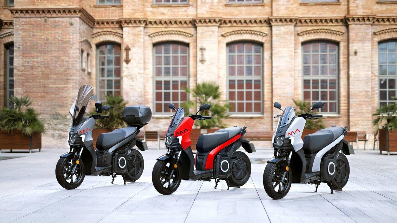 SEAT cumple un año de operaciones con sus motos eléctricas Mó 125 en Barcelona