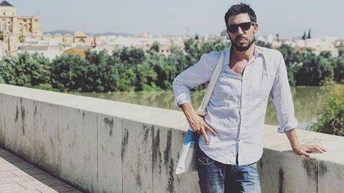 El hijo (guapo) de Manuela Carmena: arquitecto, runner y vive con sus padres