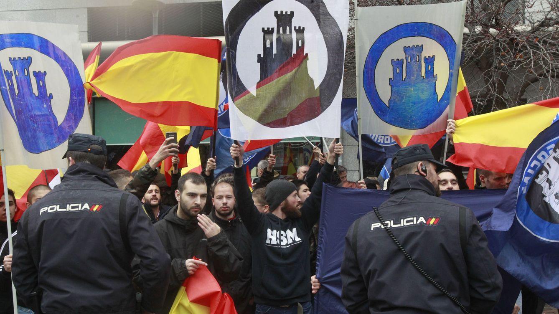 ¿Son un peligro los supremacistas en España? De los foros a los delitos de odio