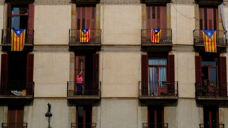Foto: Banderas independentistas en Barcelona. (Reuters)