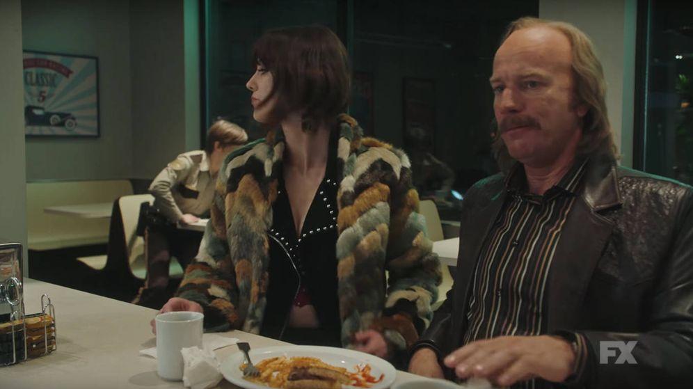 Foto: Secuencia de la tercera temporada de 'Fargo' con un Ewan Mcgregor irreconocible.