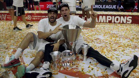 Un beso en la boca, champán, muchas lágrimas… Así acabó la fiesta del Real Madrid