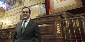 El Congreso gasta  82.600 euros en pintar el retrato de Bono para la galería de expresidentes
