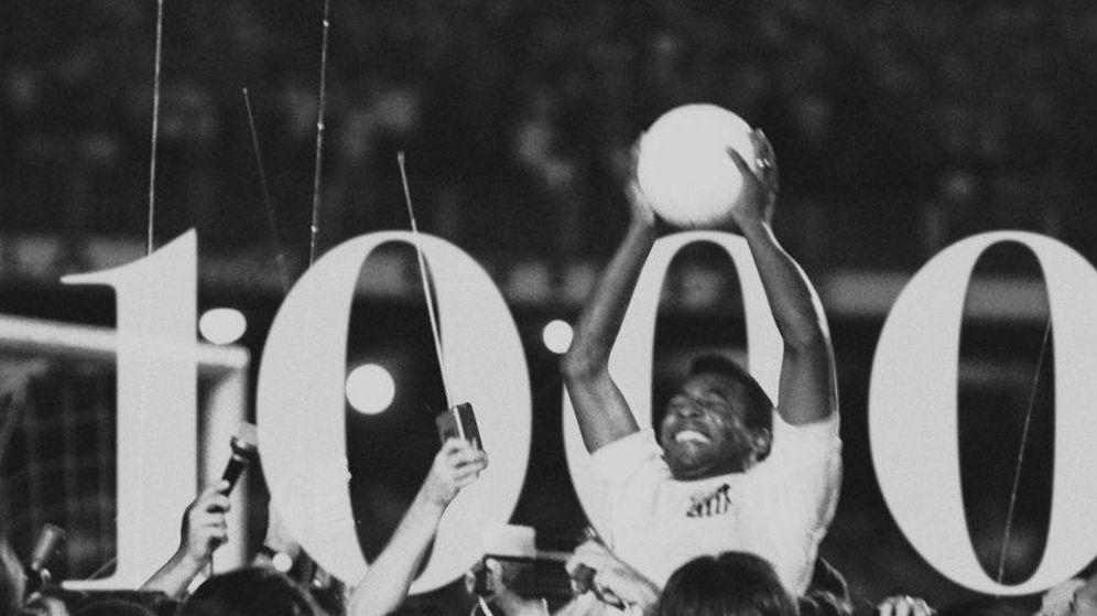 Foto: Aniversario del famoso gol 1000 de Pelé. (Twitter Pelé)